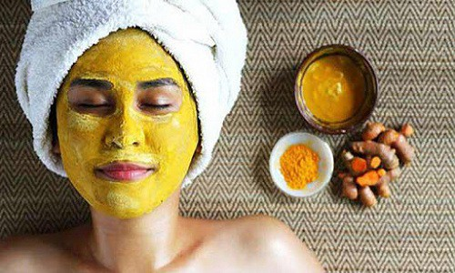 Cách trị mụn ẩn dưới da bằng thiên nhiên từ nghệ, mật ong và sữa chua