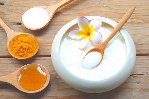 Trong sữa chua có chứa nhiều vitamin B, C