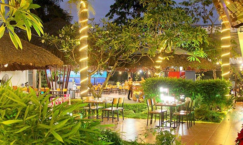 thiết kế quán ăn sân vườn