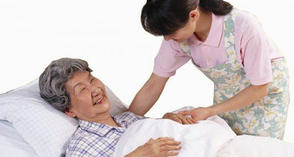 Cách chăm sóc bệnh nhân sau đột quỵ tại nhà tốt nhất